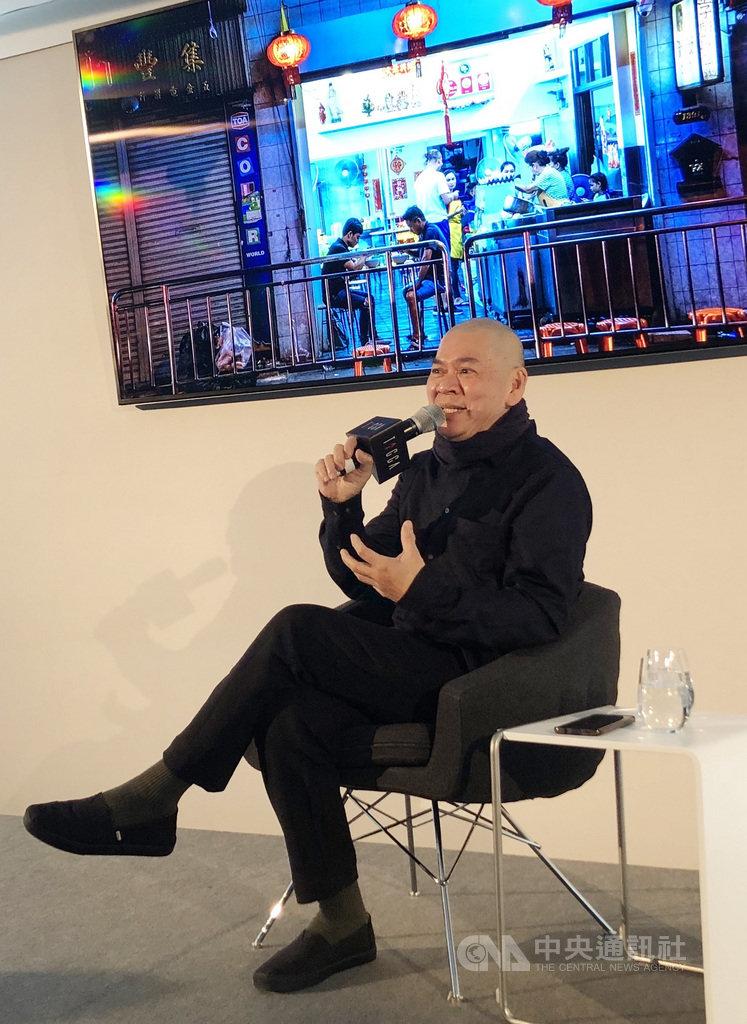 以新作「日子」入圍柏林影展競賽單元的導演蔡明亮,在文策院舉辦的演講分享手工電影的概念。中央社記者林育立柏林攝 109年2月25日