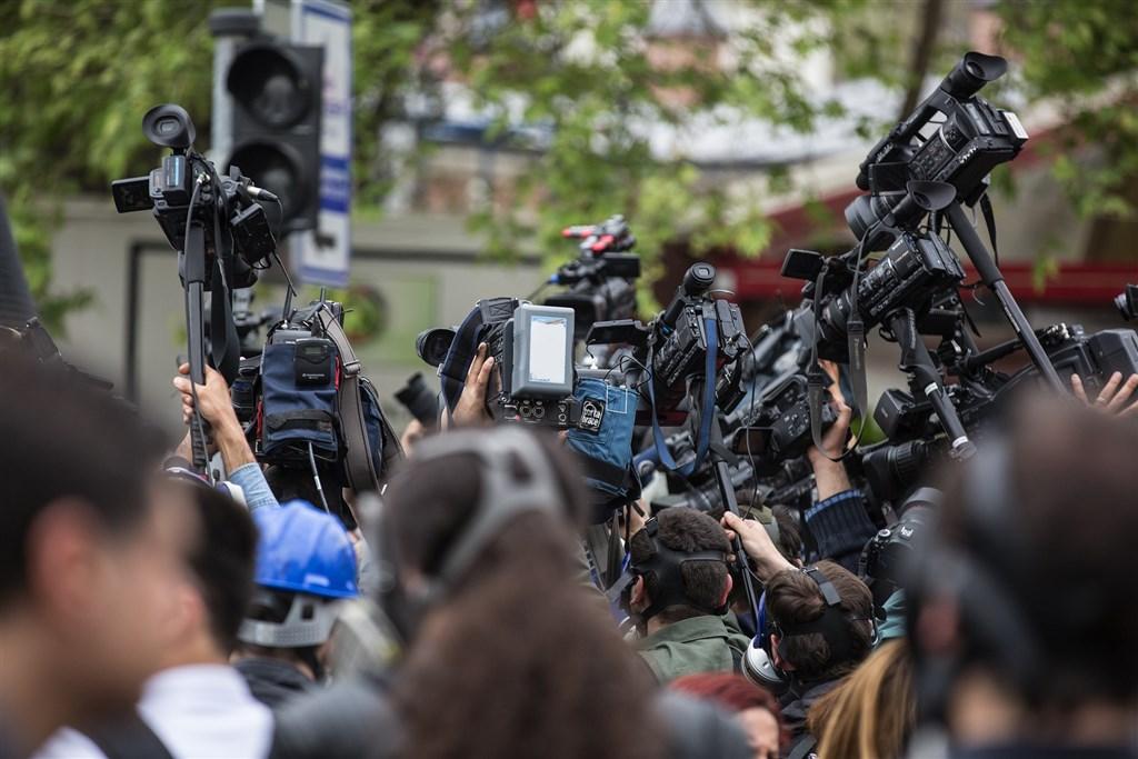 美國國務院2日宣布大砍5家中國媒體駐美的中國籍員工,包括被列為「外國使團」新華社、中國環球電視網、中國國際廣播電台、中國日報與美國海天發展。(示意圖/圖取自Pixabay圖庫)