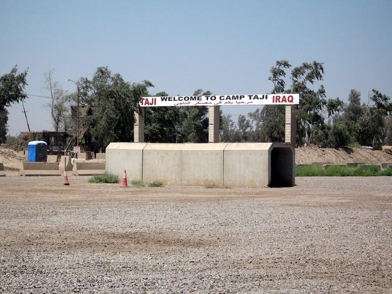 伊拉克巴格達北方的塔吉空軍基地(圖)11日晚間遭遇18枚火箭連擊,基地內有3人在攻擊中喪命,並有12人受傷。(圖取維基共享資源;作者:Ahodges7,CC BY-SA 3.0)