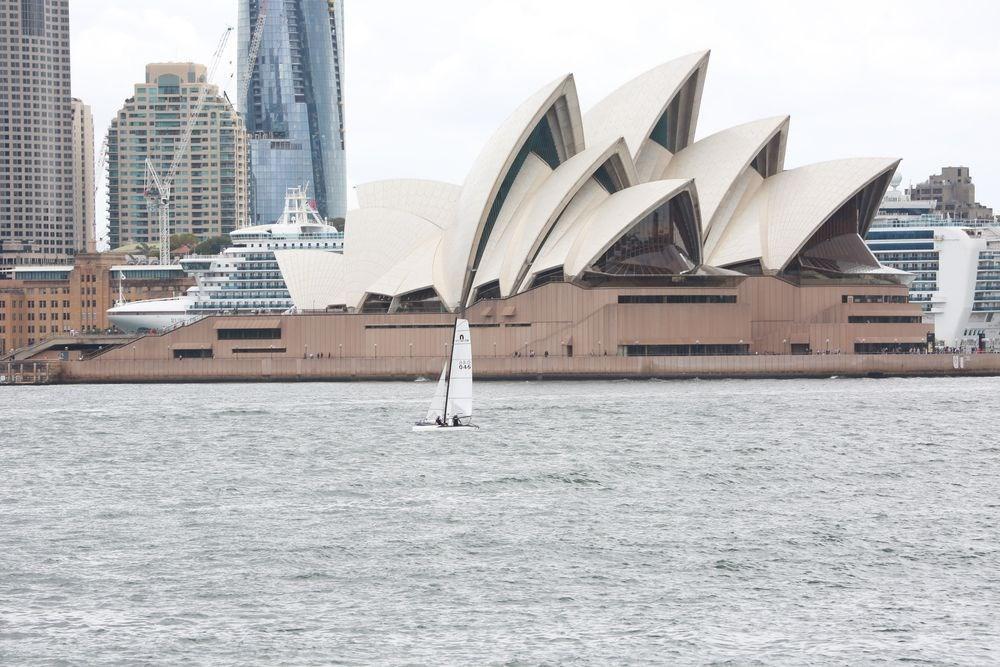 中國當局5日晚突然對澳洲發布「旅遊安全提醒」,宣稱當地對華人的種族歧視和暴力行為明顯上升,呼籲中國遊客「切勿前往」澳洲旅遊。(檔案照片/中新社提供)