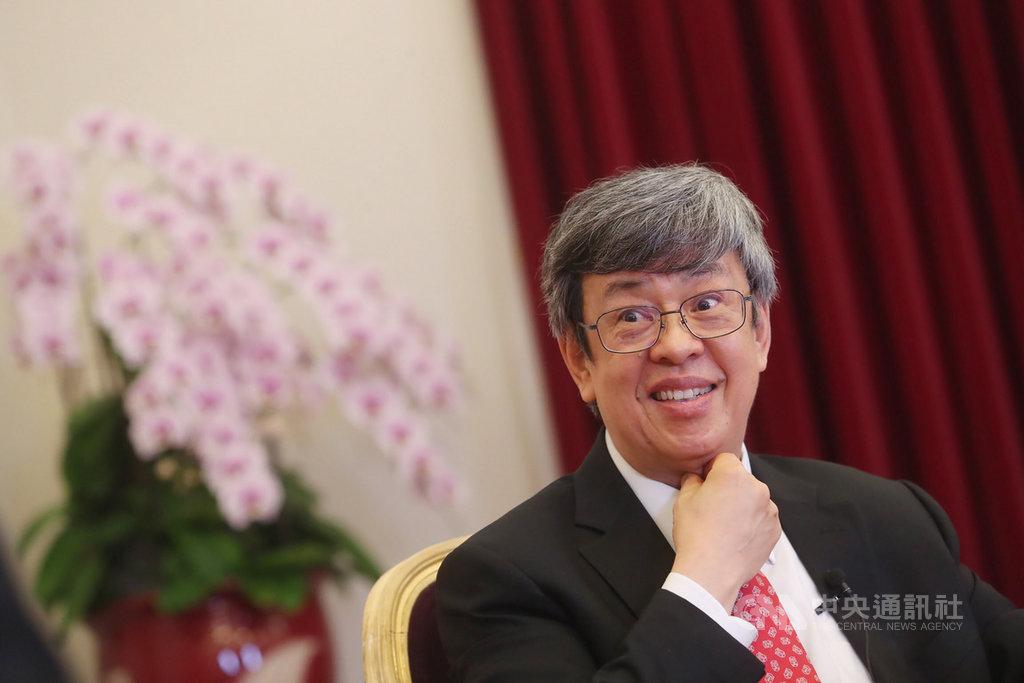 副總統陳建仁(圖)接受中央社專訪時表示,蔡總統這4年讓他了解什麼叫做政治,不是爭權力,而是服務眾人。中央社記者吳家昇攝 109年3月25日