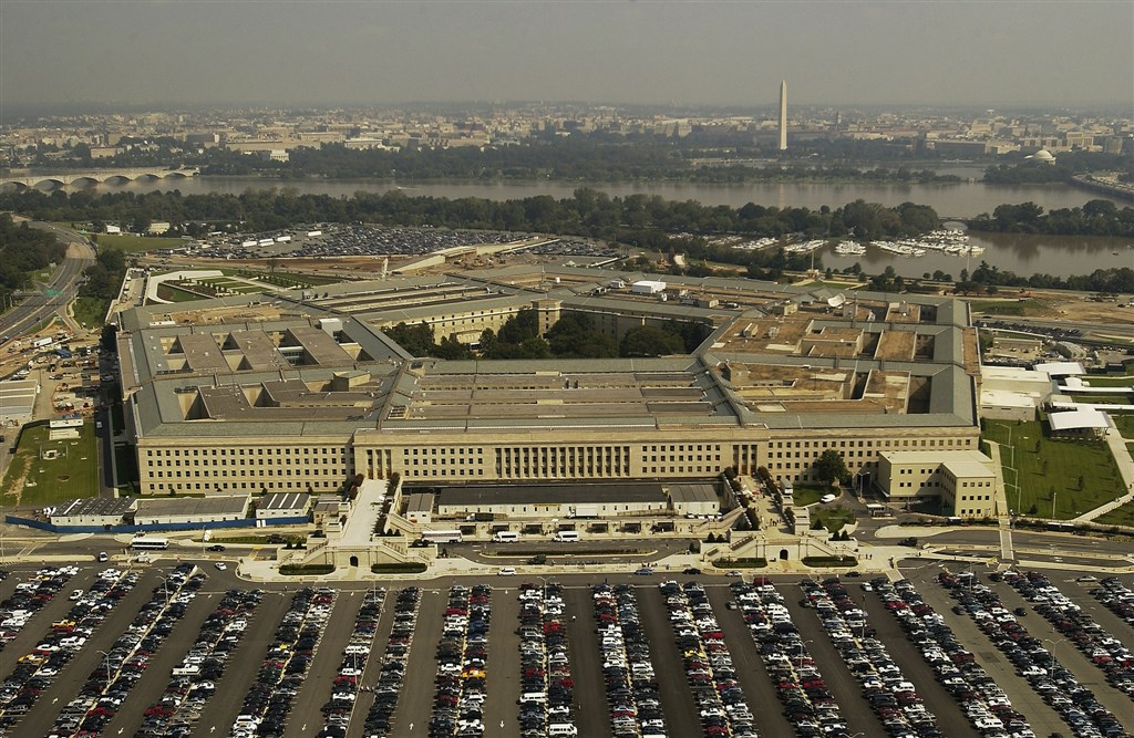 美國國防部25日證實,一名任職於五角大廈的陸戰隊軍官經檢測確診武漢肺炎。圖為美國五角大廈。(圖取自Pixabay圖庫)