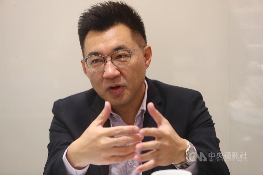 國民黨主席江啟臣(圖)27日接受廣播節目主持人羅友志專訪,暢談國民黨的改革之路。中央社記者王騰毅攝  109年3月27日