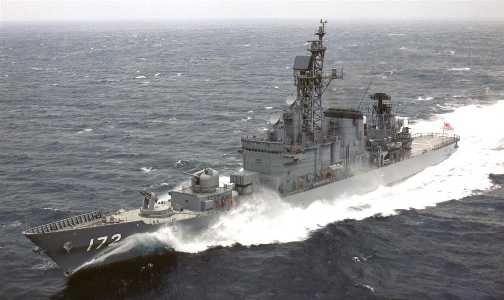 日本一艘軍艦與中國一艘漁船30日在東海相撞,事故正在調查中。據大陸媒體報導,肇事軍艦為日本海上自衛隊島風號驅逐艦(圖)。(圖取自日本海上自衛隊官網mod.go.jp/msdf)