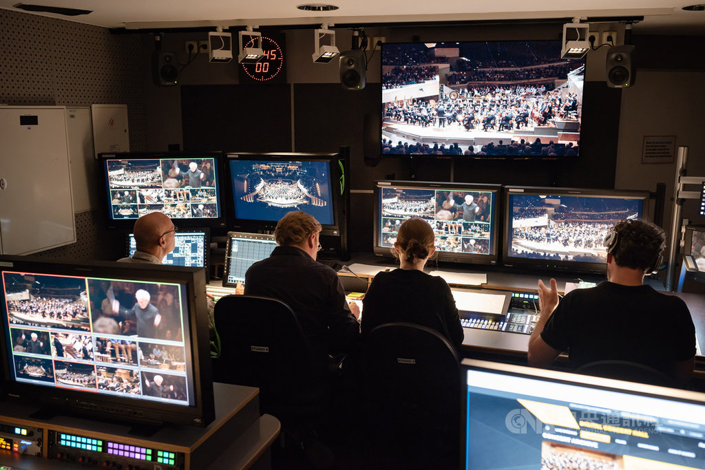 柏林愛樂數位音樂廳上線超過10年,累積超過500部音樂會錄影,再加上歷屆指揮和音樂家群的訪談,已成樂團珍貴資產。(牛耳藝術提供)中央社記者趙靜瑜傳真  109年4月6日