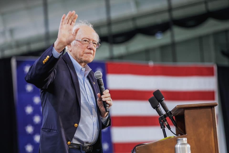 有意角逐美國民主黨總統提名的聯邦參議員桑德斯8日宣布退出初選。(圖取自facebook.com/berniesanders)