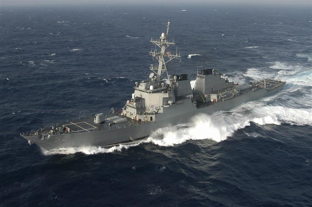 美軍伯克級飛彈驅逐艦貝瑞號(圖)10日通過台海,經過馬祖東引島附近海域。(圖取自維基共享資源,版權屬公有領域)