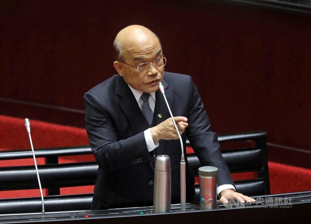 行政院長蘇貞昌14日表示,華航改名涉及航權等種種因素,也許不是那麼簡單,但讓國家的航空公司標誌台灣,確實是該努力來做的事。(中央社檔案照片)