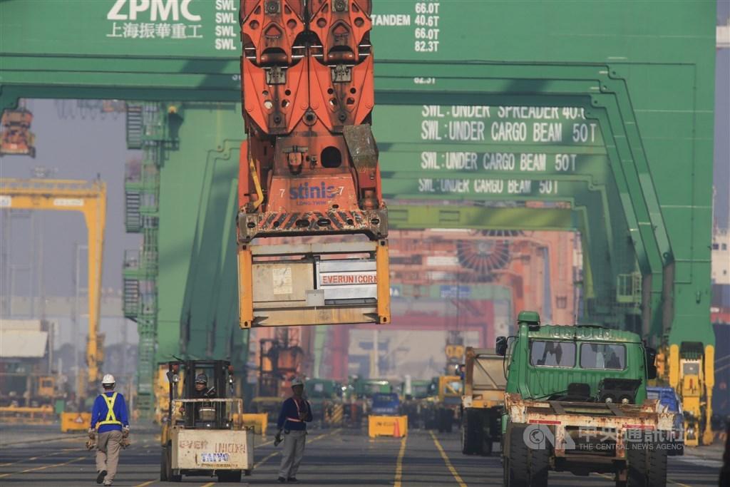 美國貿易代表署30日公布2020特別301報告,台灣未被列入優先觀察或觀察名單,強化商業機密保障受肯定,但仍被點名盜版情況嚴重。(示意圖/中央社檔案照片)