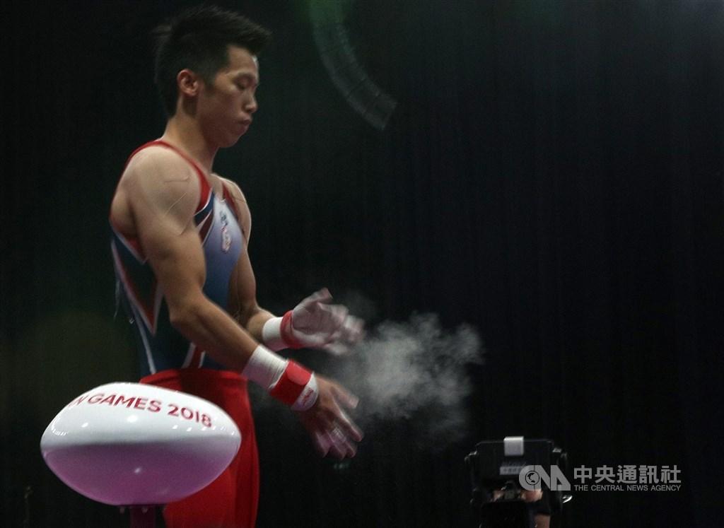 台灣「鞍馬王子」李智凱著手開發新動作,目標是突破個人最高難度分的6.7分。圖為2018雅加達亞運李智凱23日在體操單項決賽男子鞍馬項目出賽,完美表現也順利為中華隊再添金牌。中央社記者張新偉攝 107年8月23日