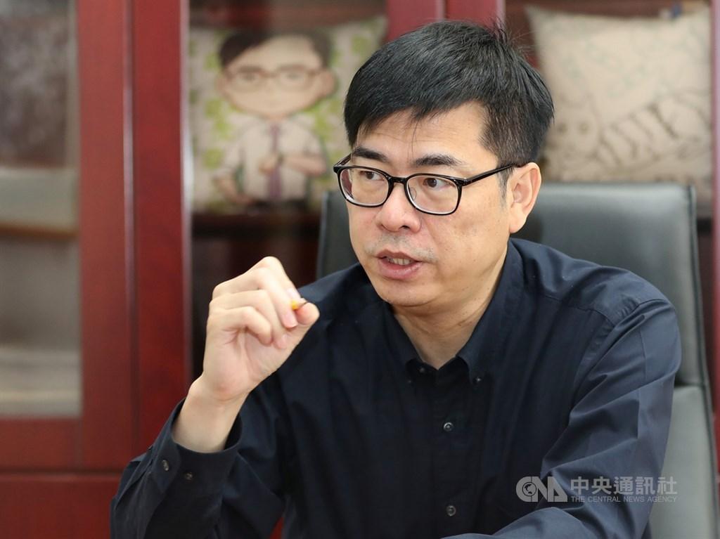 行政院副院長陳其邁9日表示,台灣防疫成果證明民主國家有能力戰勝武漢肺炎,部分歸功於超前部署,因為有過去對抗SARS的經驗,再加上對中國資訊的直覺懷疑,促使台灣此次採取更快、更有效率的行動。(中央社檔案照片)