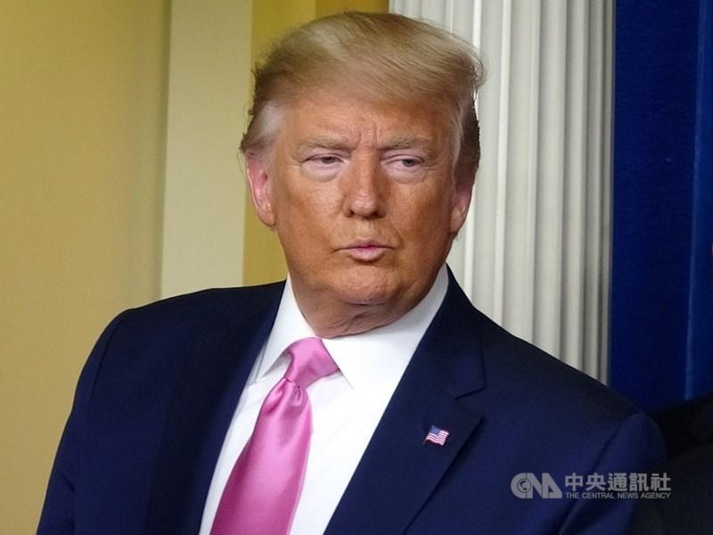 美國總統川普(圖)指控世界衛生組織與中國走得太近且因應疫情遲緩,揚言要斷絕金援和退出世衛,歐盟則表態支持。(中央社檔案照片)
