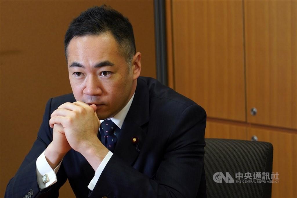 日本外務副大臣鈴木馨祐21日在部落格上傳文章,力挺台灣參加世界衛生組織。(中央社檔案照片)