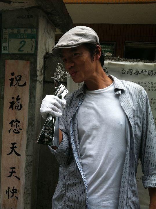 新科台北電影節影帝吳朋奉感嘆雖然得獎但身價只有「貴一點」。(圖取自「歸‧途」粉絲專頁facebook.com)