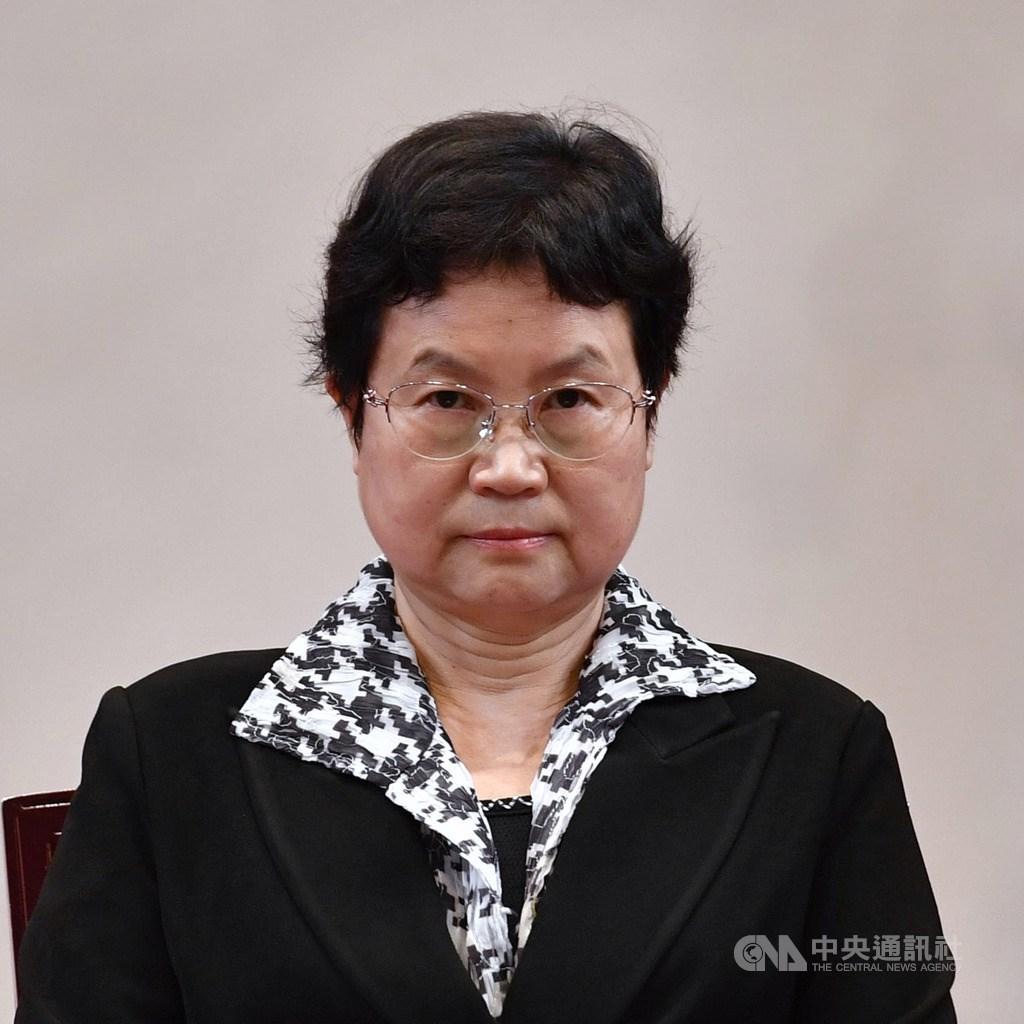 總統府29日舉行考試院第13屆院長、副院長及考試委員被提名人介紹記者會,圖為考試委員被提名人周蓮香。中央社記者王飛華攝 109年5月29日