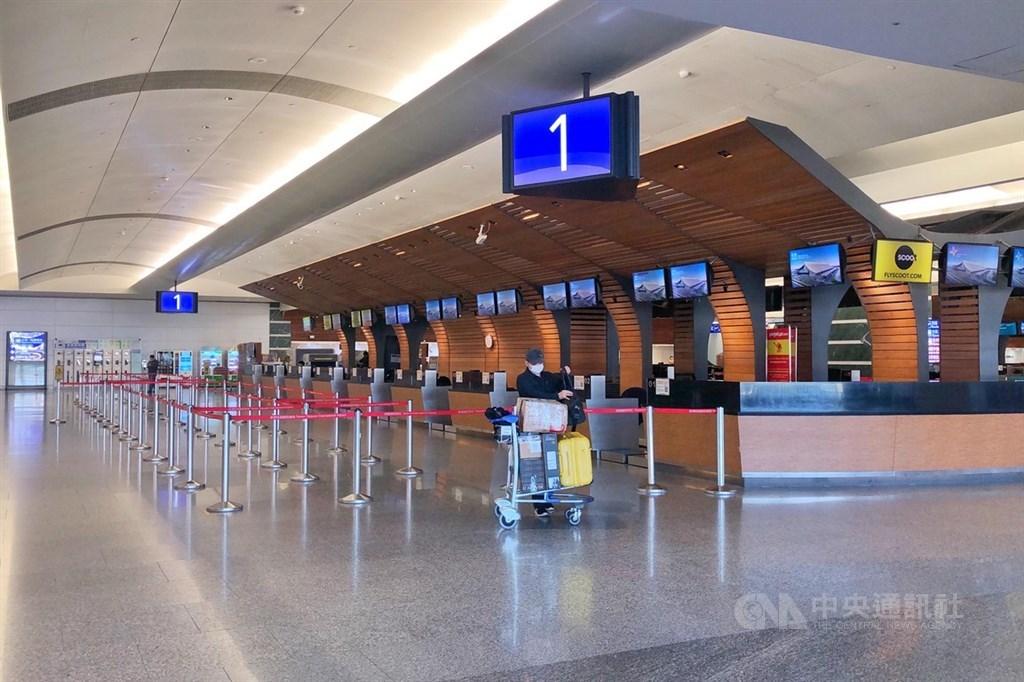 勞動部1日公布,運輸業無薪假增逾2000人,主要是航空公司減班休息影響。(中央社檔案照片)