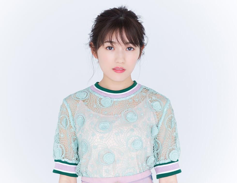 日本女團AKB48前人氣成員渡邊麻友1日透過經紀公司發表聲明,因個人健康考量,退出演藝圈。(圖取自渡邊麻友官方網頁watanabe-mayu.jp)