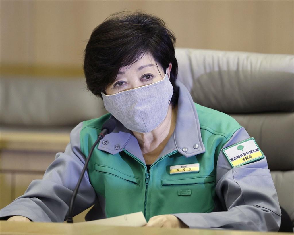 日本東京時隔19天再出現單日新增確診逾30例。東京都政府2日晚間首度發布「東京警報」,呼籲民眾警戒。(共同社提供)