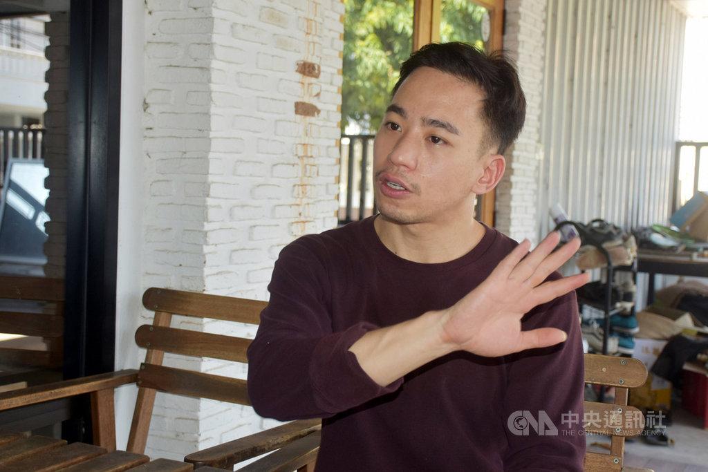 影視產業受到武漢肺炎疫情衝擊幾乎停擺,泰國新銳導演沃拉孔經營的影像工作室工作暫停2個多月,但沃拉孔認為趁此機會可以重新思考講故事的方式。中央社記者呂欣憓曼谷攝 109年6月3日
