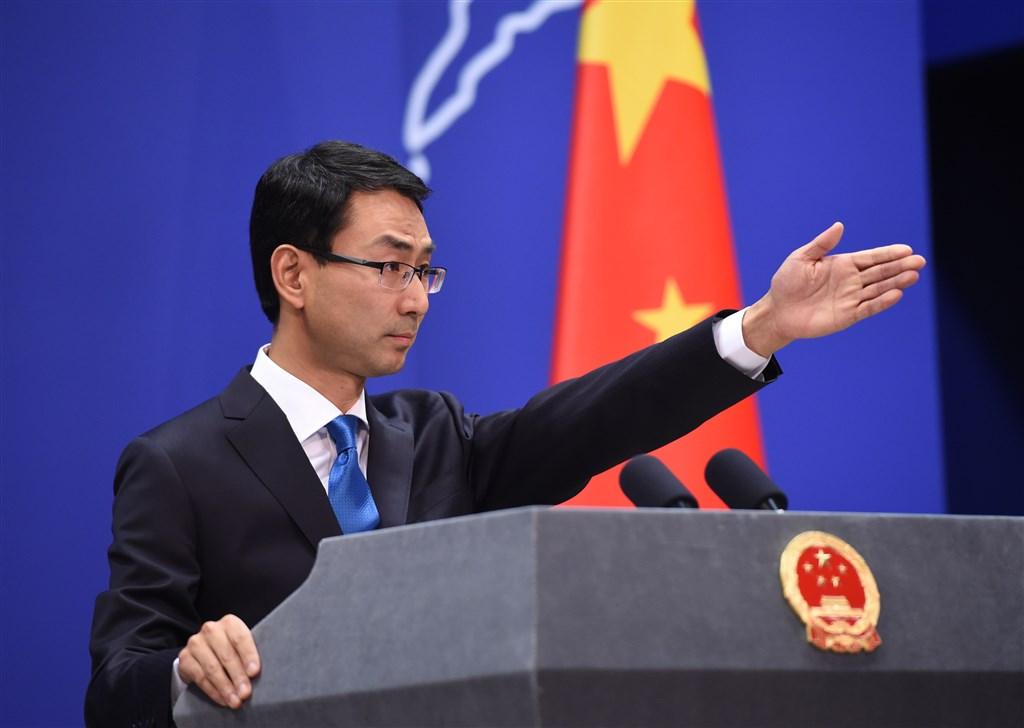 中國外交部發言人耿爽5日下午主持最後一場例行記者會後,正式卸下近4年發言人職務,陸媒傳將派任聯合國。(檔案照片/中新社提供)