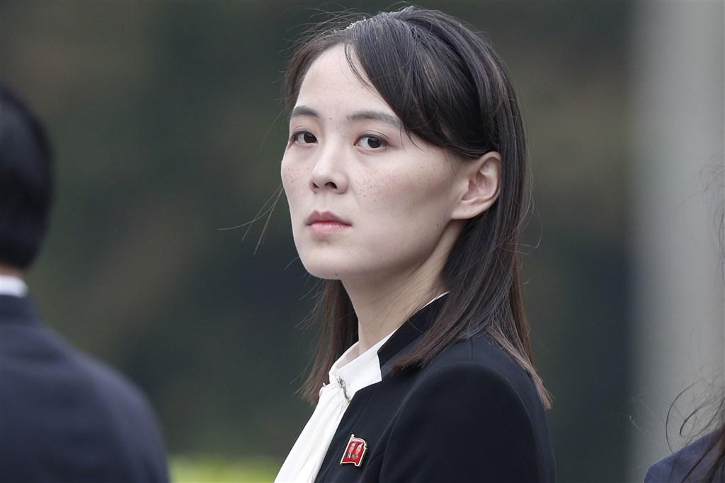 北韓領導人金正恩胞妹金與正(圖)13日發表談話,暗示將關閉兩韓聯絡辦公室,並採取軍事行動,南韓政府對此事表達擔憂。(檔案照片/美聯社)