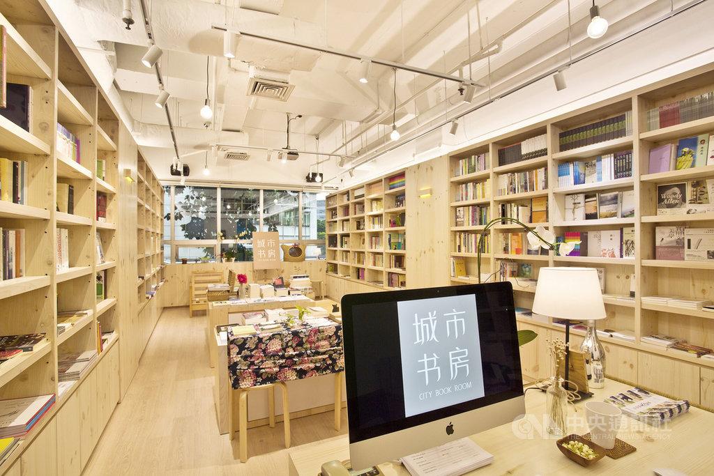 疫情下的新加坡泰半商業活動停擺,獨立書店迄今未能解禁復工,圖為主要販售中文與英文書籍,以及孟加拉文、印尼文等文史類書籍的獨立書店城市書房。(城市書房提供)中央社記者黃自強新加坡傳真 109年6月15日