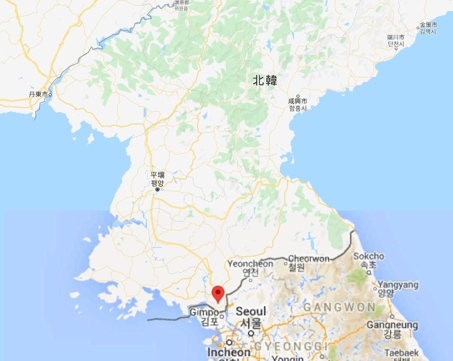 北韓國營電視台報導,當局為順應民心,16日採取爆破行動完全破壞位於開城工業區(紅標處)的兩韓聯絡辦公室。(圖取自Google地圖網頁google.com/maps)