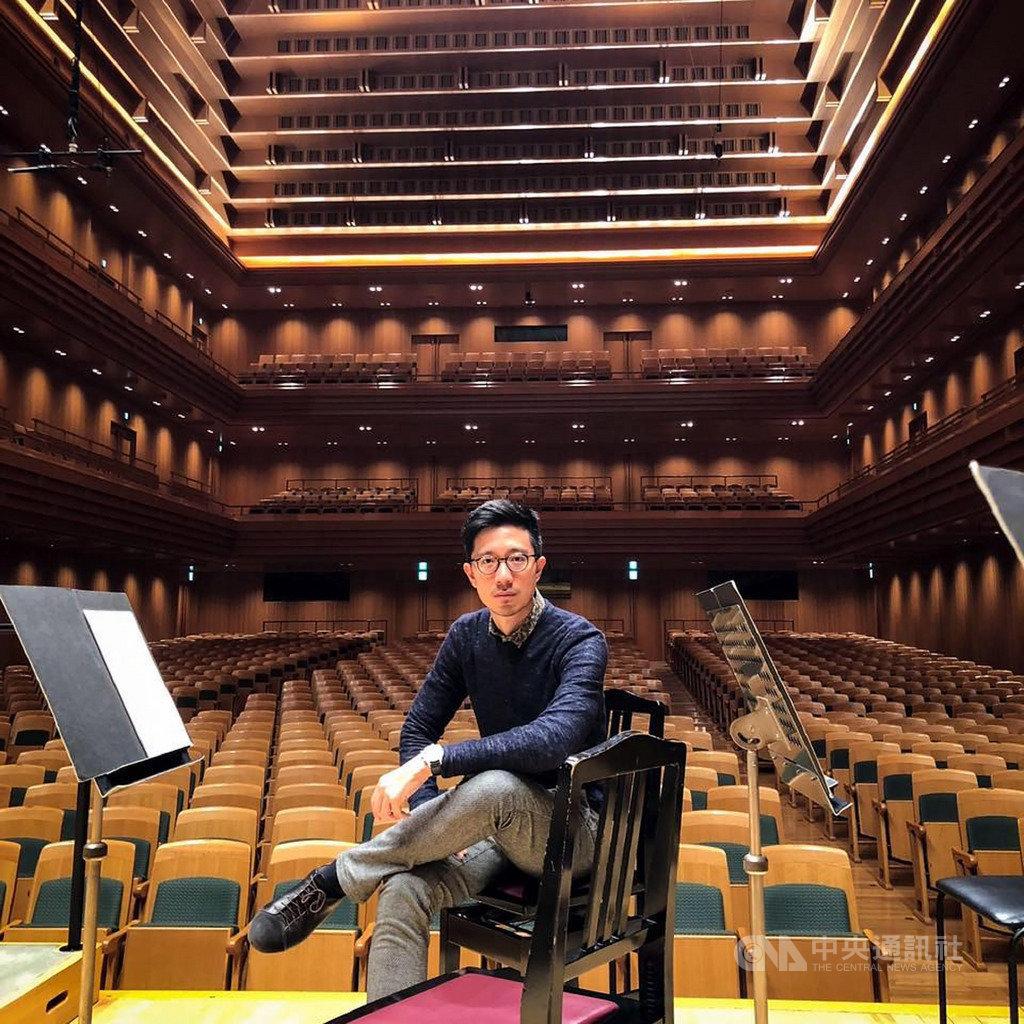 台灣指揮家莊東杰將自西元2021年新樂季起,接任德國波鴻交響樂團音樂總監,26日在德國將舉辦簽約上任記者會。(莊東杰提供)中央社記者趙靜瑜傳真 109年6月18日