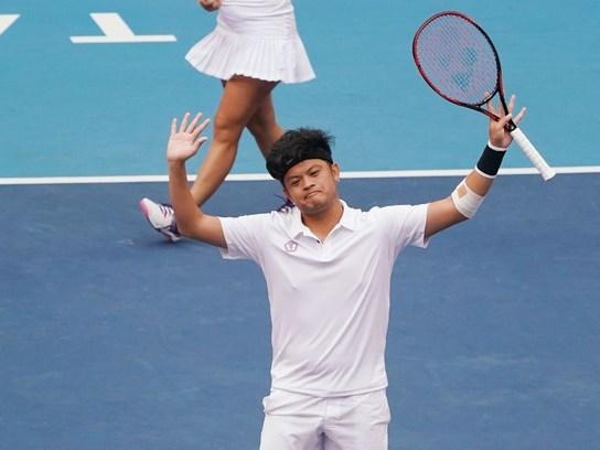 網球雙打好手謝政鵬19日在臉書上爆料長期受到情感霸凌。(中央社檔案照片)