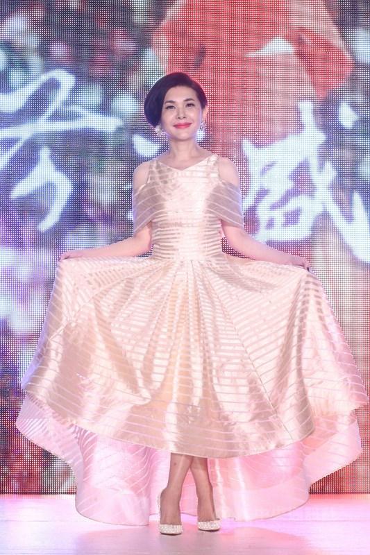 歌手張清芳(圖)與丈夫宋學仁22日透過律師發表聲明指出,「因無法克服雙方的差異性而決定離婚」。(中央社檔案照片)