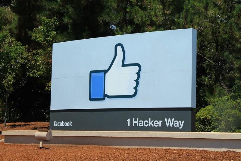 聯合利華公司26日表示,將停止在美國臉書、推特和Instagram社群媒體刊登廣告,一直到2020年底。(圖取自Pixabay圖庫)