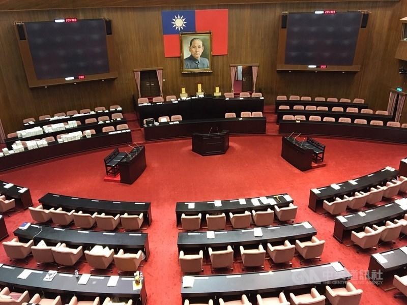 立法院29日舉行全院委員談話會,表決通過6月29日至7月22日召開臨時會。(中央社檔案照片)
