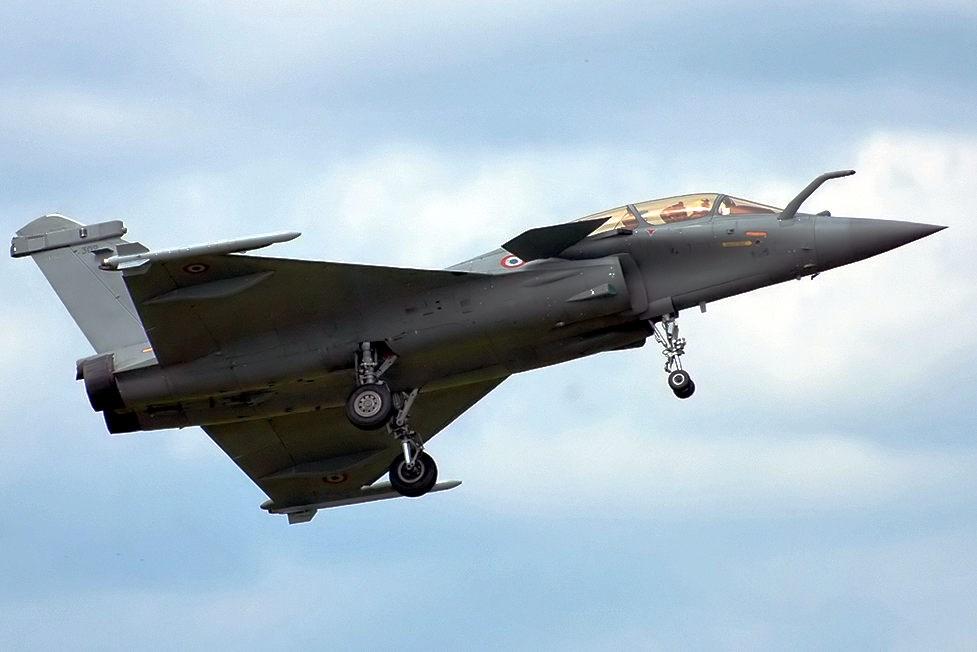 綜合印度經濟時報等媒體29日報導,法國已經承諾,7月將交付更多的飆風(Rafale)戰機給印度。圖為飆風B型戰機。(圖取自維基共享資源網頁,版權屬公有領域)