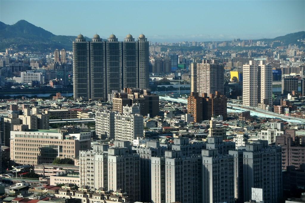 韓國宣布調高持有多房者稅負,財政部表示,政府也會持續參考國際制定情況,適時檢討評估。(中央社檔案照片)