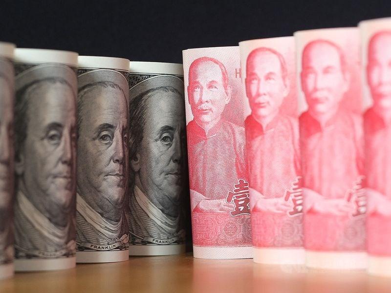 新台幣兌美元10日中午暫收29.480元,升1.01角。(中央社檔案照片)