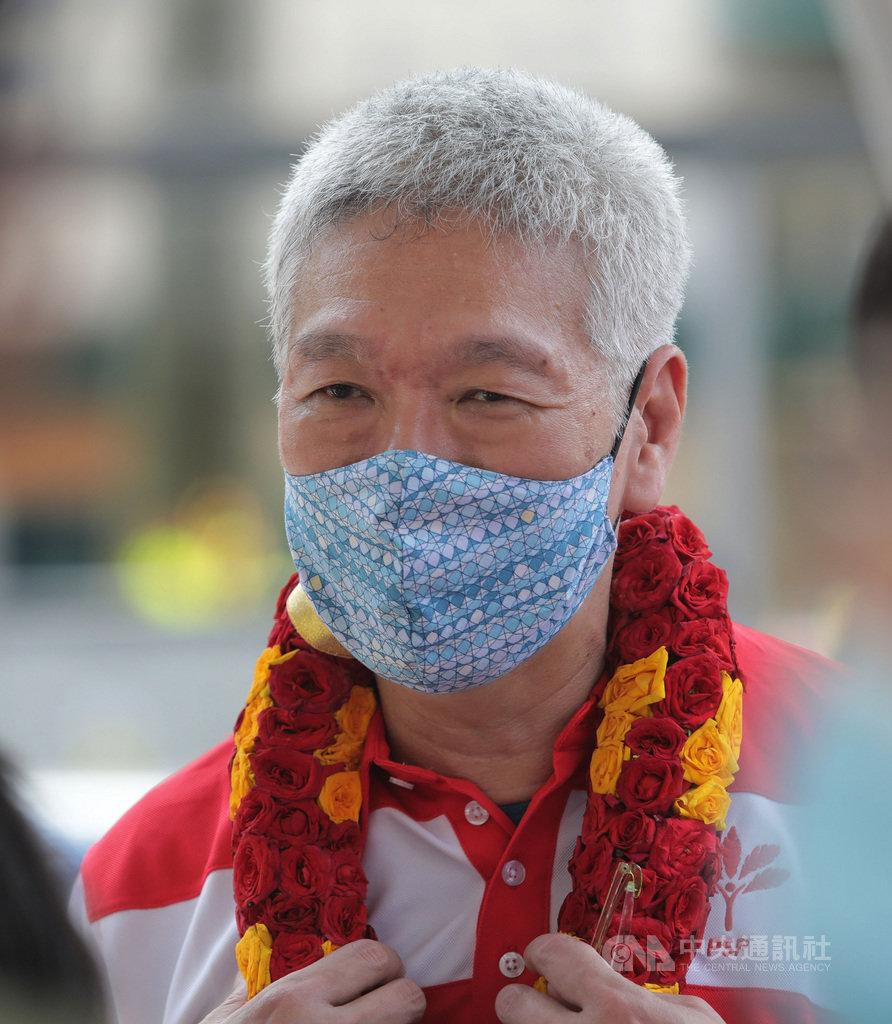 新加坡大選落幕,反對黨工人黨搶占10席,加入新加坡前進黨的總理李顯龍胞弟李顯揚透過臉書,說明這是新加坡人的勝利。李顯揚大選前積極輔選爭取支持。中央社記者黃自強新加坡攝 109年7月11日