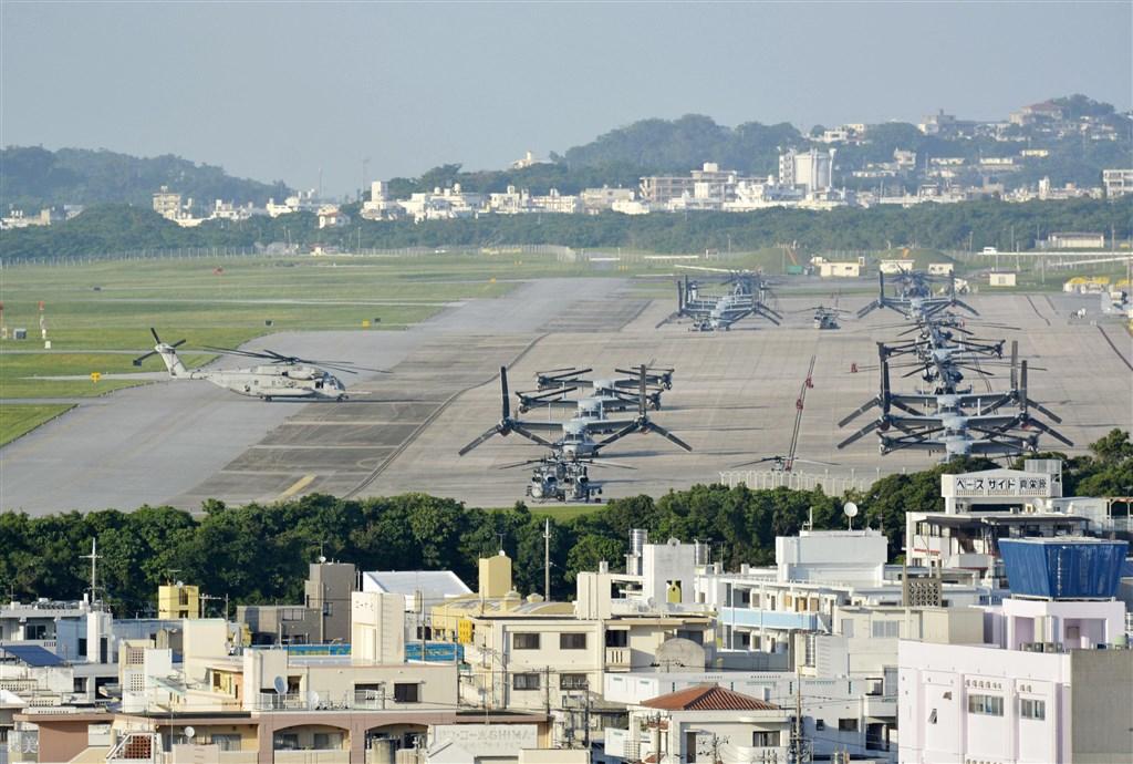駐沖繩美軍基地中,目前以普天間機場(圖)71例確診病例最多、漢森營58例次之。(檔案照片/共同社提供)