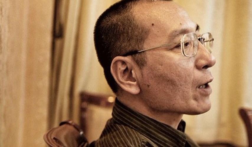 13日是諾貝爾和平獎得主劉曉波(圖)逝世3週年,他的友人組成的「曉波助瀾會」發出聲明,指劉曉波一定對失去言論自由的香港感到痛心。(圖取自twitter.com/xiaowaves)
