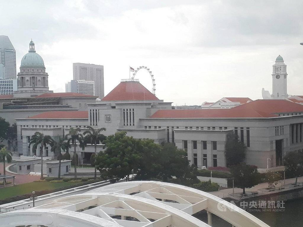 新加坡國會大選落幕,這屆大選共254萬359名選民投票,最終投票率95.81%,圖為新加坡國會。中央社記者黃自強新加坡攝 109年7月16日