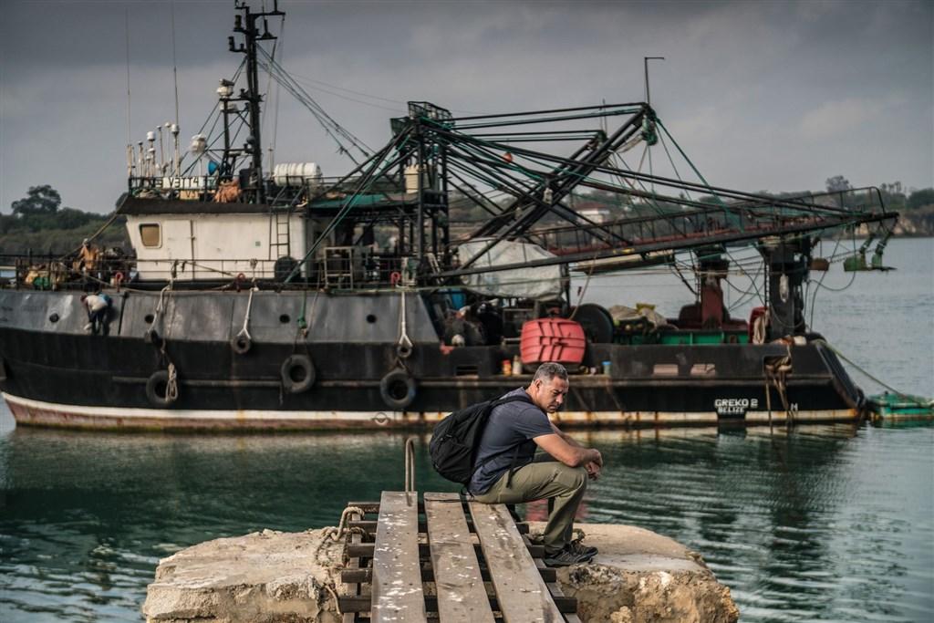 曾獲普立茲獎肯定的前紐約時報記者爾必納,成立非營利組織「非法海洋計畫」,關注人權、勞工與海洋環境議題。(非法海洋計畫提供)
