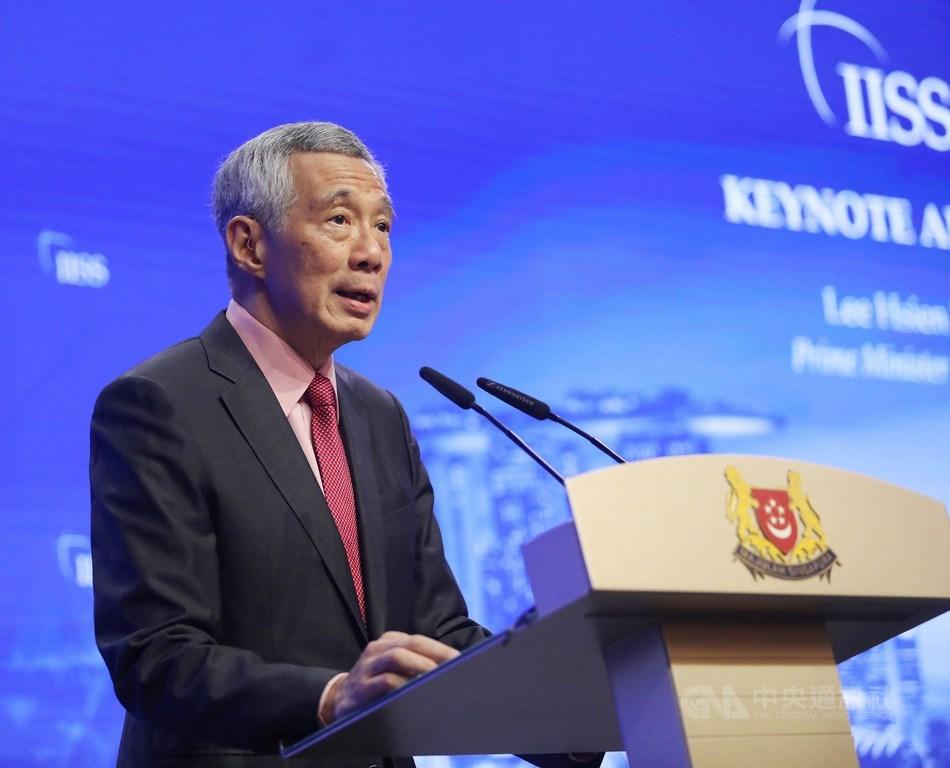 新加坡新內閣27日晚間宣誓就職,總理李顯龍持續掌舵。(中央社檔案照片)