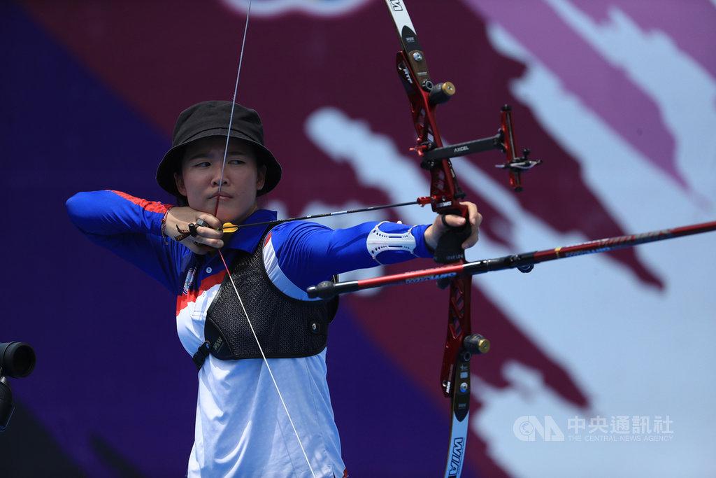 模擬東京奧運對抗賽5日上午進行射箭項目,台灣射箭好手彭家楙(圖)在女子個人賽,以超好手感奪下金牌。中央社記者吳家昇攝  109年8月5日