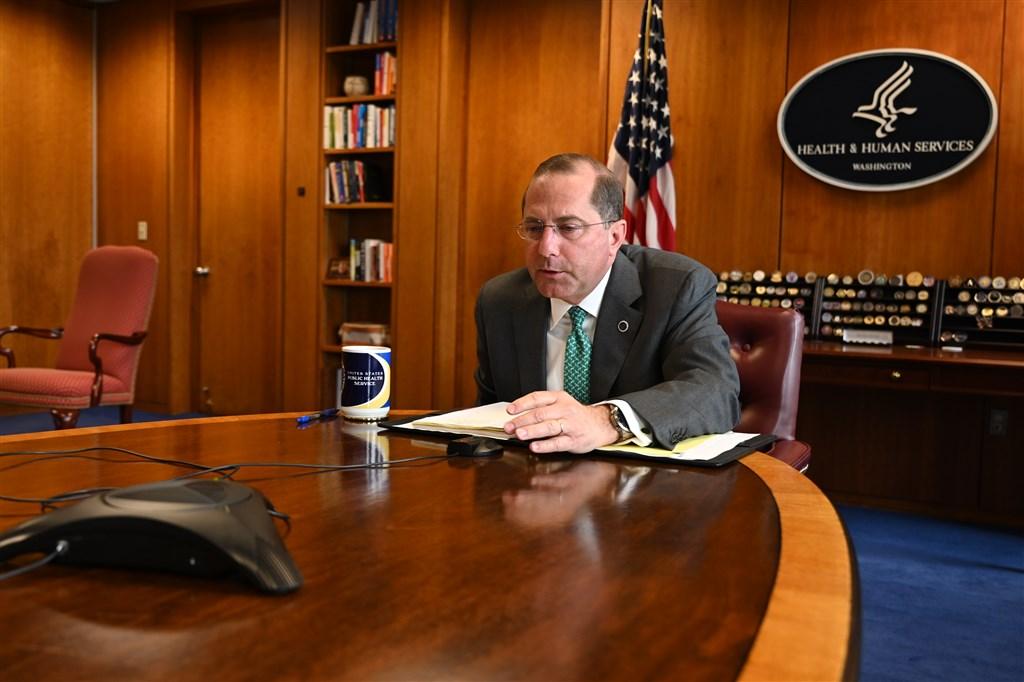 美國衛生部長艾薩4日宣布將於近日訪台,艾薩將是台美1979年斷交後,訪台層級最高的美國官員。(圖取自twitter.com/SecAzar)