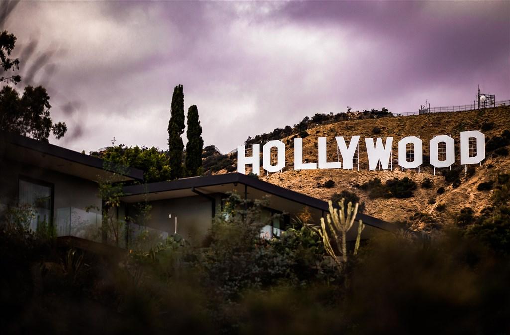 反審查團體「美國筆會」最新報告指出,好萊塢以自我審查來取悅北京當局。(圖取自Unsplash圖庫)