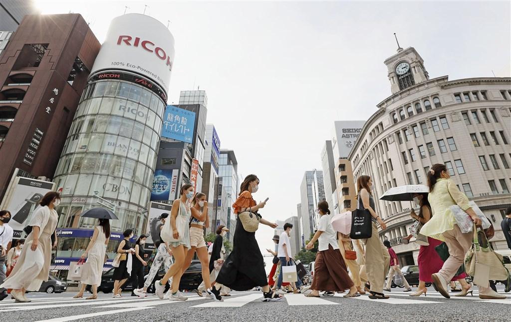 日本8日全境共新增1568例確診病例,東京都住院人數增加到1509人創新高。(共同社)