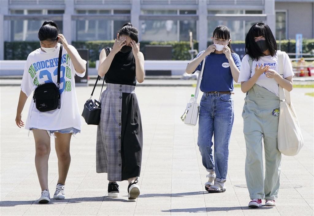 日本氣象廳表示,群馬縣伊勢崎市11日下午1時7分被觀測到攝氏40.1度,是2020年首度熱破40度的地區。(共同社)