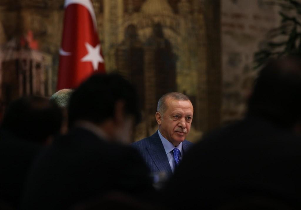 以色列與阿拉伯聯合大公國簽署劃時代的和平協議後,土耳其總統艾爾段14日揚言中斷與阿聯的外交關係。(圖取自facebook.com/RTErdogan)