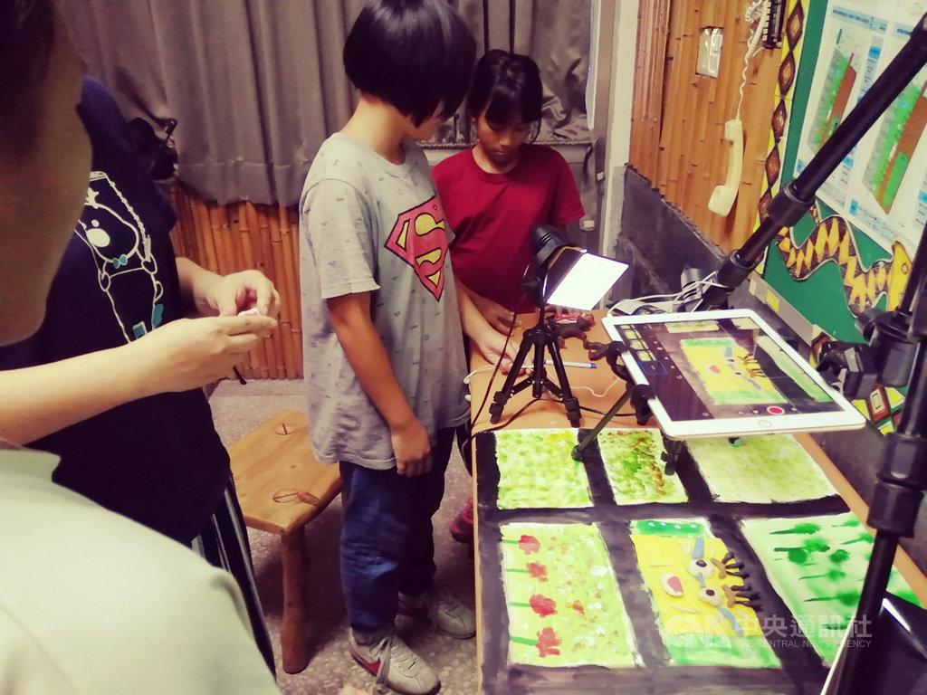 台東加拿國小師生製動畫 跨領域讓孩子路更寬