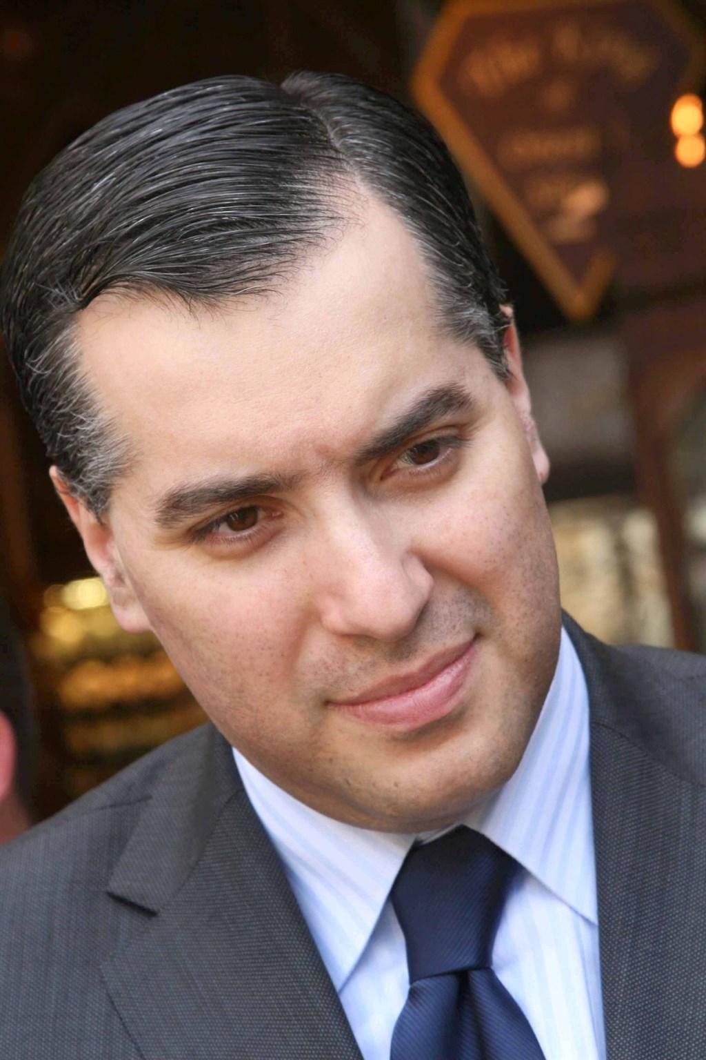 黎巴嫩駐德國大使阿迪布31日可望獲任命為新任總理,處理包括財務危機及首都貝魯特港區大爆炸後續等棘手國政。(圖取自facebook.com/mustapha.adib.3)