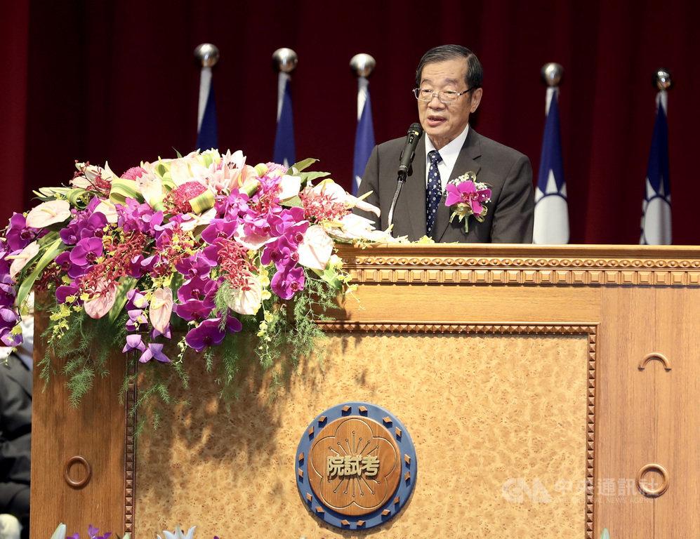 新任考試院長黃榮村1日表示,將面對立法院啟動修憲、修法的討論,但無論怎麼調整,考試權獨立性、考試公平性絕不會被打折。中央社記者張皓安攝 109年9月1日